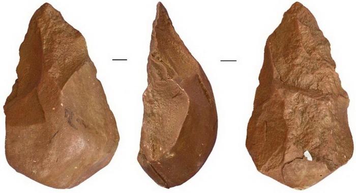 Инструмент палеолита