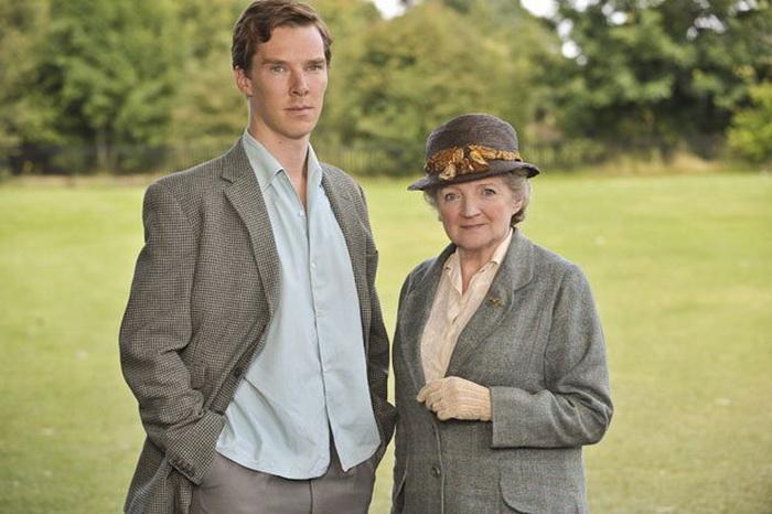 Современного Холмса Бенедикт Камбербетч сыграл, но в истории о мисс Марпл пришлось возвращаться в прошлое