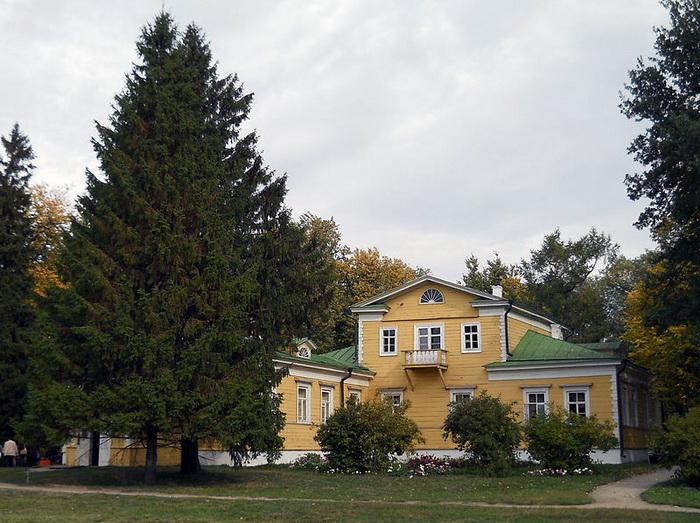 Усадьба в Болдино - одном из сёл Пушкина