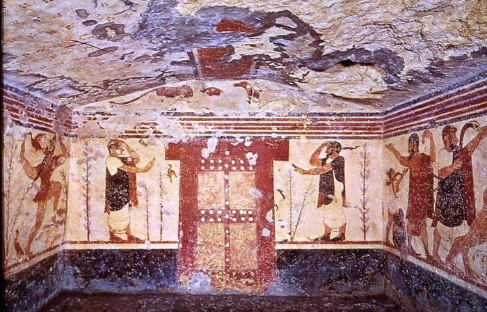 Гробница авгуров этрусского некрополя Монтероцци в Тарквинии