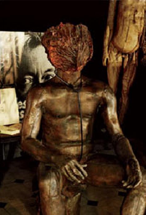 Фигуру человека с капустной головой Генсбур установил у себя в квартире