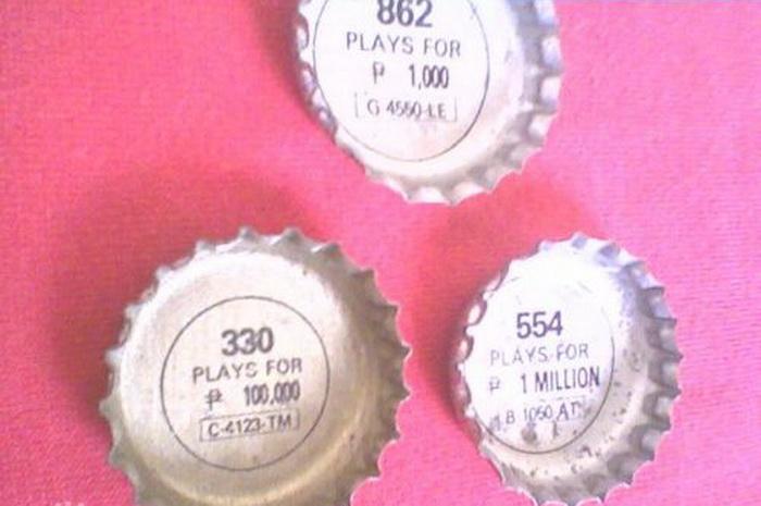 Под крышками к напиткам филиппинцы обнаруживали трехзначное число