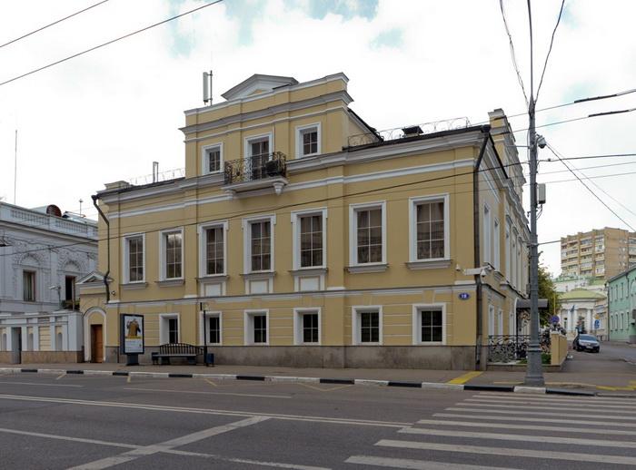 Особняк Яньковой на Пречистенке (восстановленный)