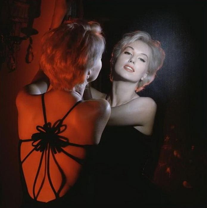 Кинокарьера Демонжо началась с работы фотомоделью