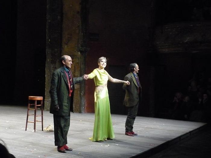 На театральной сцене Ардан выступает с 1974 года до настоящего времени