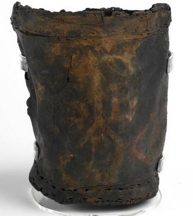 Кожаное ведро XVII века для тушения пожаров