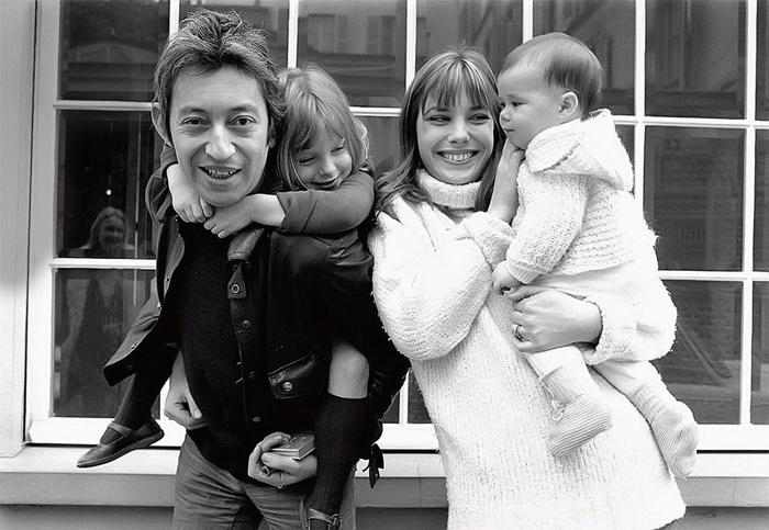 С Джейн Биркин и двумя ее дочерьми - Кейт и Шарлотт