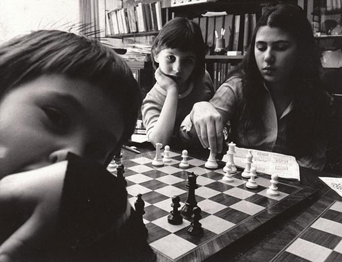 Все три сестры еще до совершеннолетия были всемирно известными спортсменками