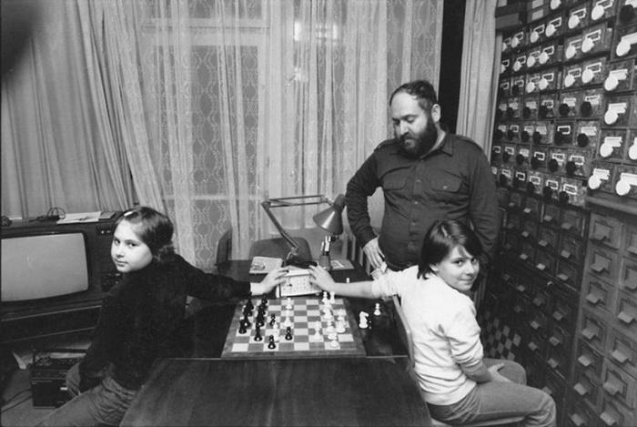 Ласло Полгар с дочерьми