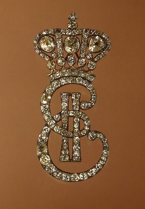 Бриллиантовая заколка с монограммой Екатерины II