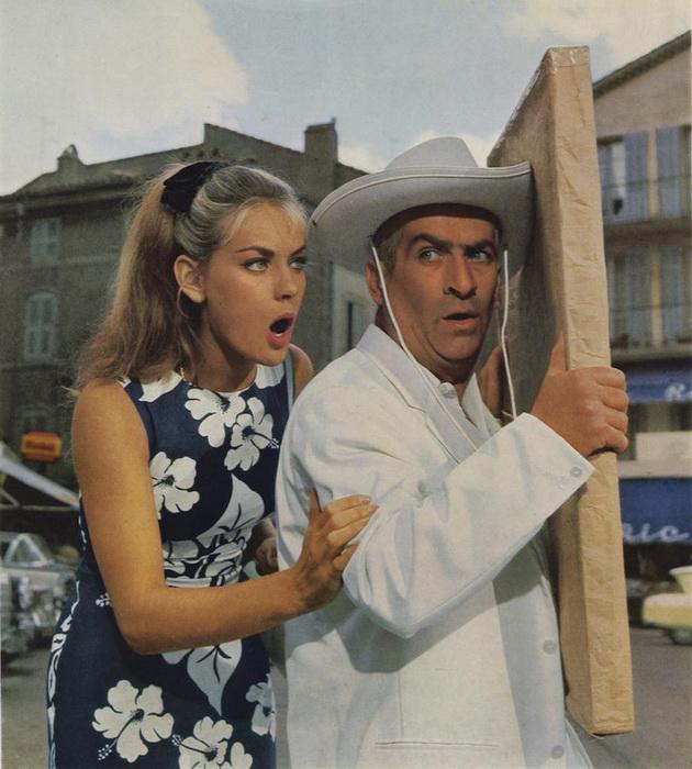 Знаменитую песенку из кинофильма - «Douliou douliou Saint-Tropez» пела сама Женевьева Град