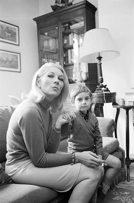 Клод с сыном Фредериком