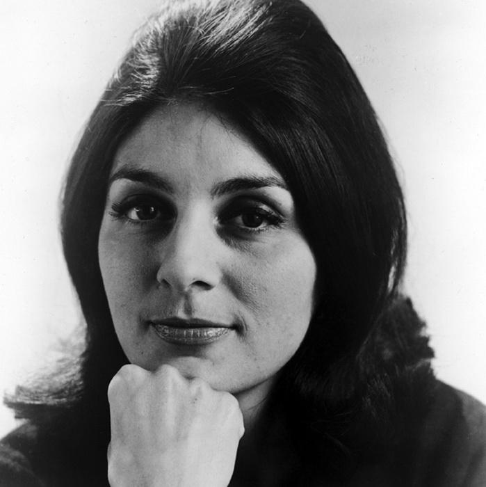 Джорджия Браун, актриса и подруга Видала, стала одной из первых клиенток его салона