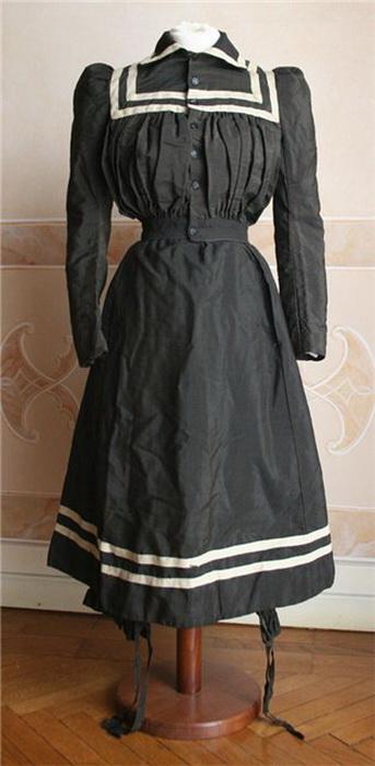 Часть купального костюма конца XIX века