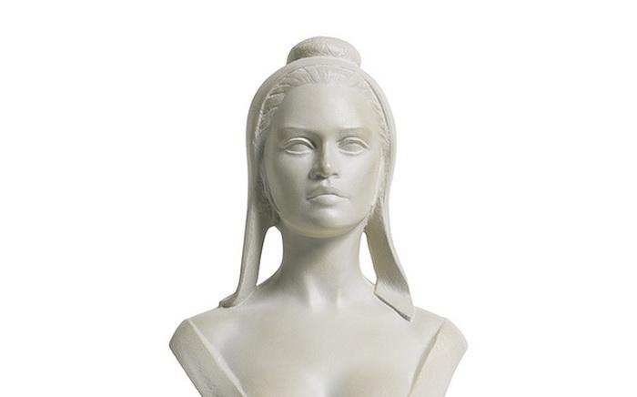 Бюст Марианны, созданный по образу Брижит Бардо
