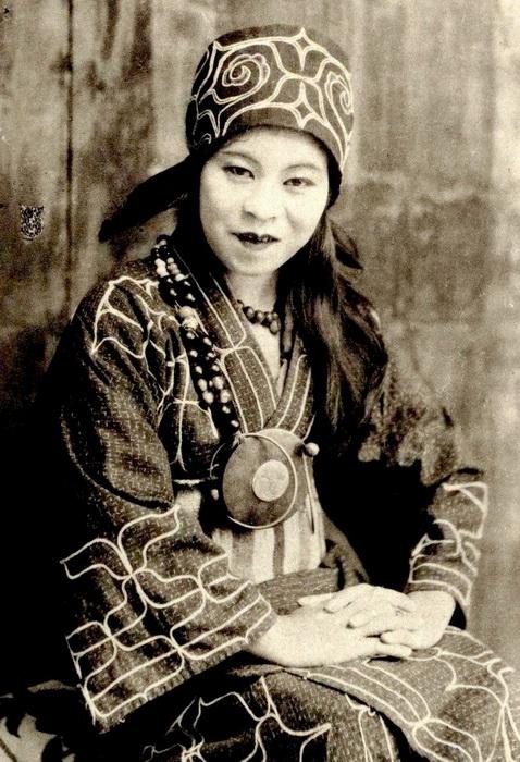 Охагуро был распространен как среди аристократов, так и в крестьянской среде