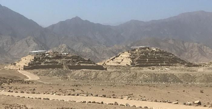 Руины города Караль. Источник: wikipedia.com
