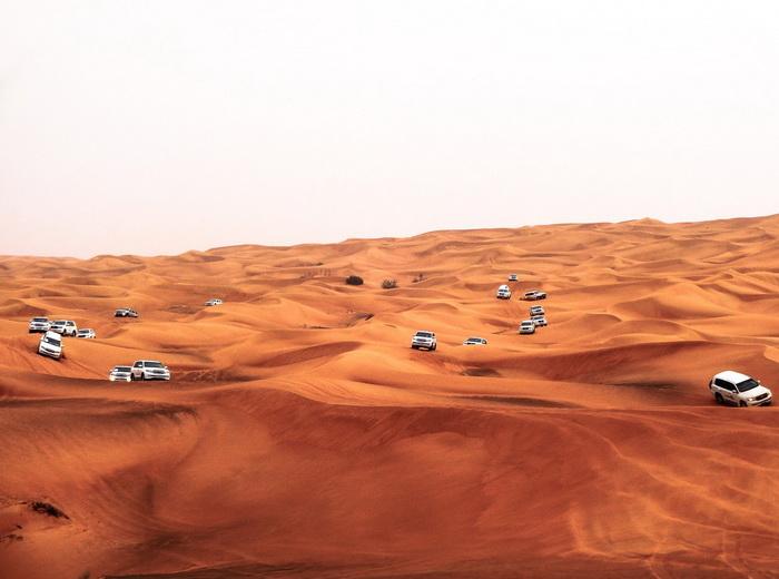 Дубай - город в пустыне