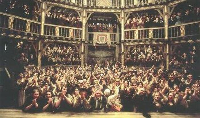В лондонском театре Глобус к настроению публики относились внимательно - и актеры, и драматурги. Источник: mindomo.com