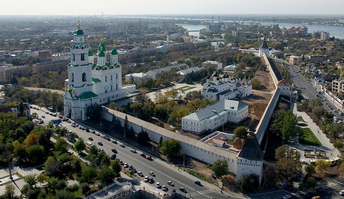 Кремль в Астрахани. Источник: wikipedia.org