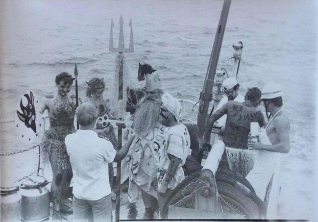 Праздник Нептуна на советском сухогрузе «Тойво Антикайнен» в 1986 году, в роли Нептуна - третий помощник капитана