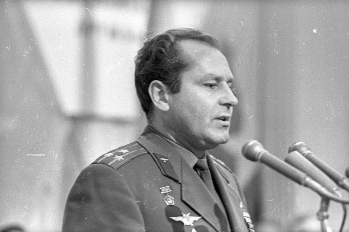 Герман Титов в 1974 году
