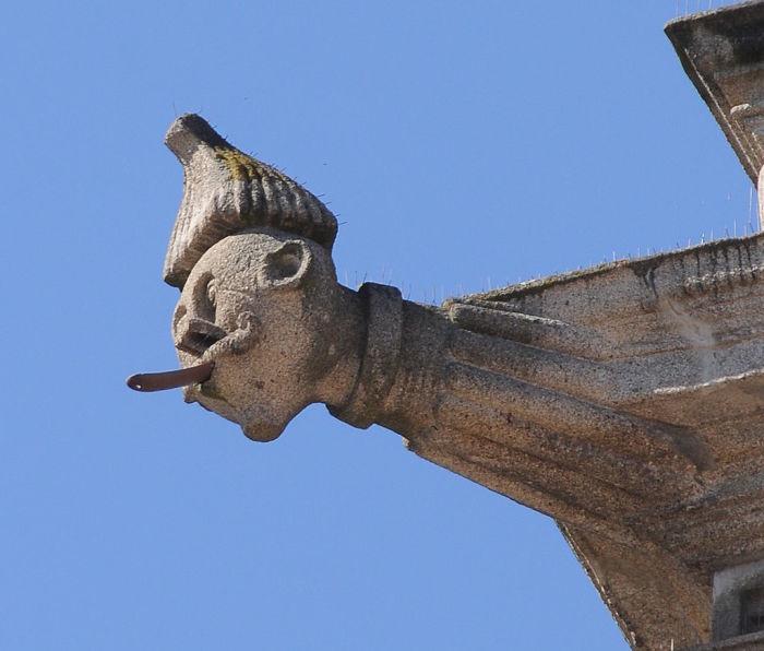 Горгулья - смешной персонаж, Брага, Португалия