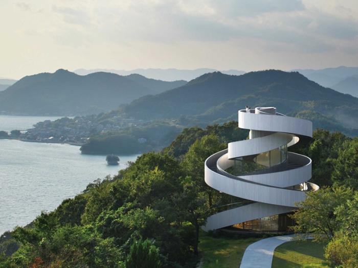 Свадебная часовня Ribbon Chapel, Япония, построена в 2013 году