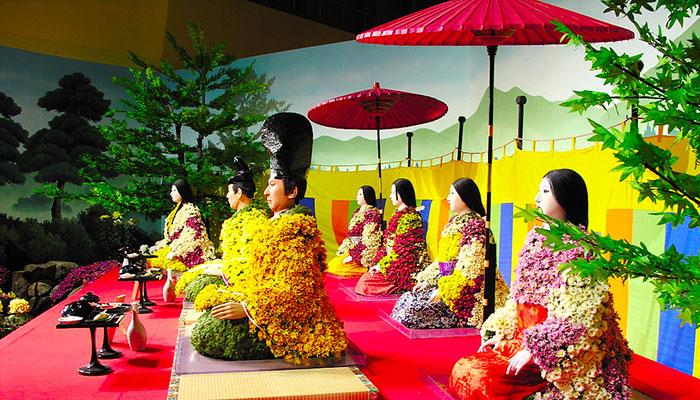 Праздник хризантем официально проводится уже более тысячи лет - с 910 года