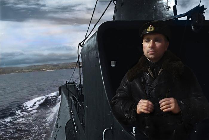 Герой Советского Союза, командир подводной лодки Щ-421 (позднее — К-21) контр-адмирал Н.А. Лунин, 1942