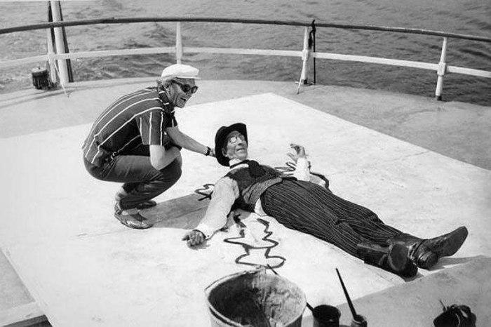 Леонид Гайдай и Сергей Филиппов на съемках фильма «12 стульев», 1970 г.