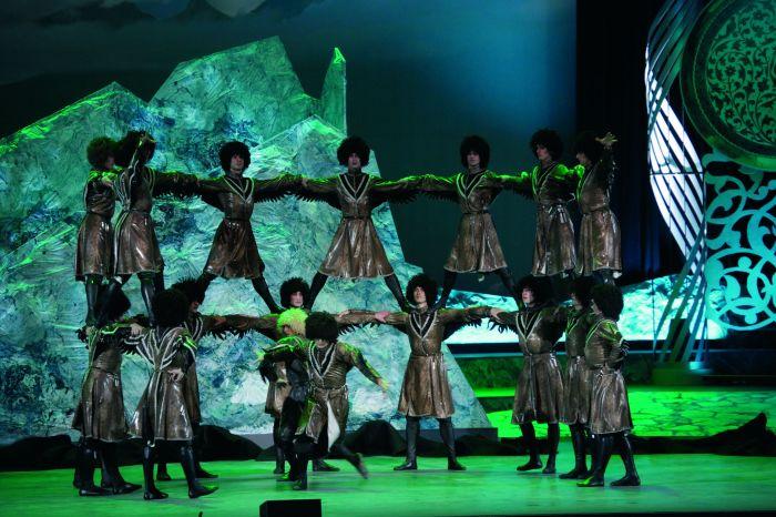 Башня из людей – часть народного танца