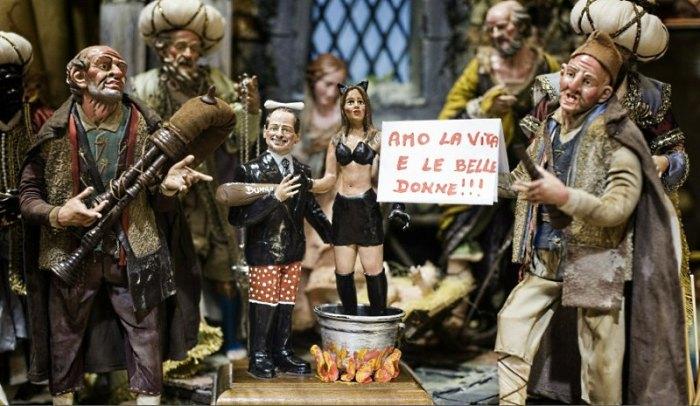Вертеп «на злобу дня» в Неаполе в 2010 году с фигурками Берлускони и «блудницами»