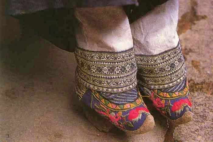 «Кукольные ножки» - признак красоты и знатности
