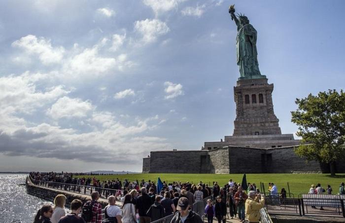 Остров Свободы в наши дни привлекает множество туристов