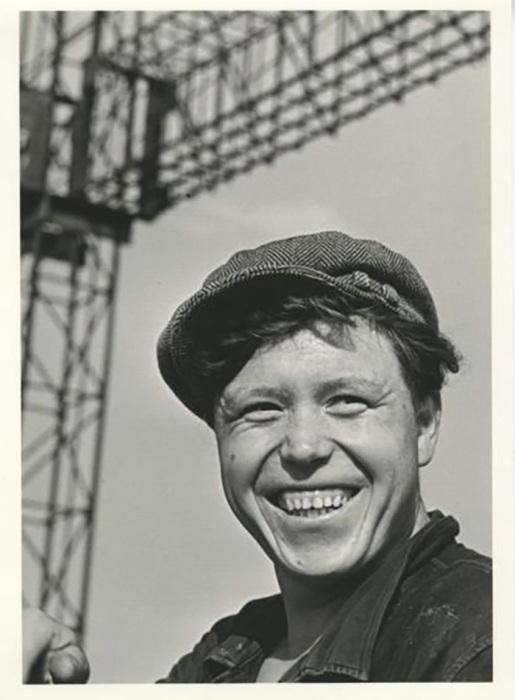 Портрет московского строителя, 1957 год, Виктор Ахломов
