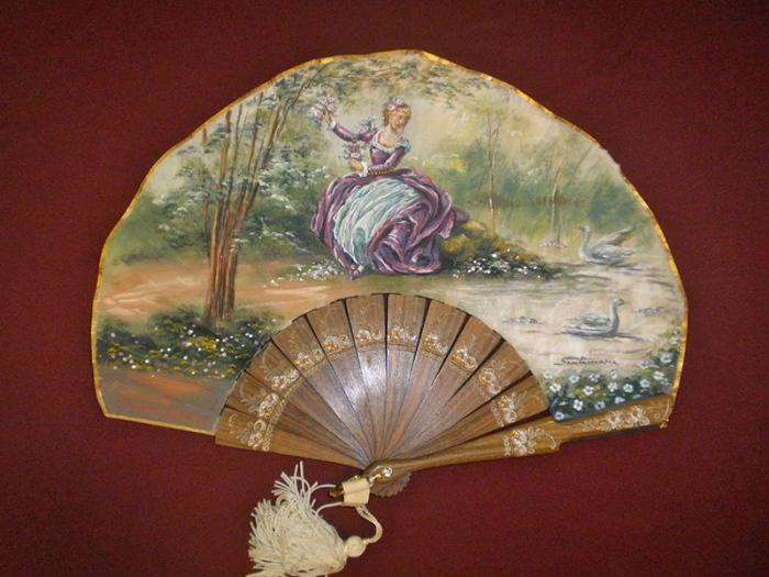 В росписях вееров часто использовали пасторальные сцены