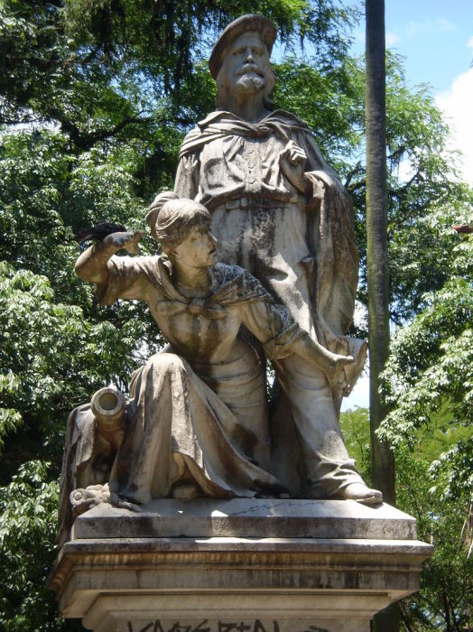 Памятник Аните и Джузеппе Гарибальди в Порту-Алегри, Бразилия
