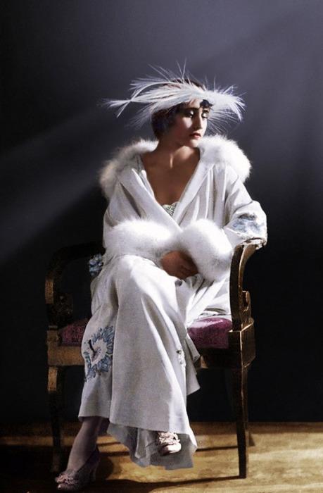 Вера Холодная (колоризированное фото)