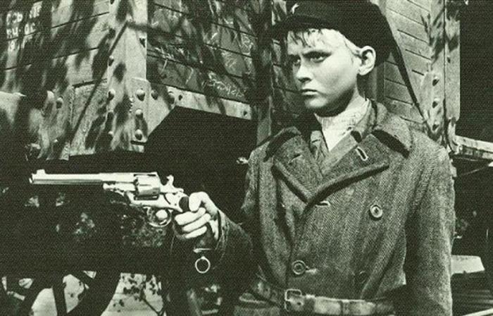 Юный Борис Щербаков в фильме «Мандат»  (1963 год)