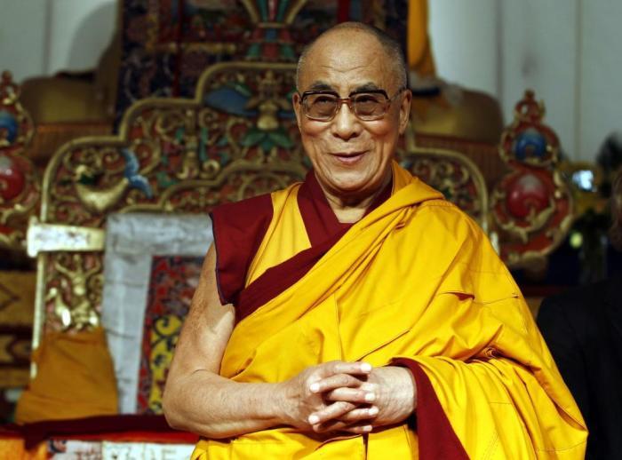 Далай-лама XIV, духовный лидер последователей тибетского буддизма. Лауреат Нобелевской премии мира.