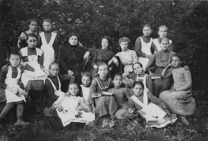Женское училище станицы Должанской, Кубанская область, 1915 год