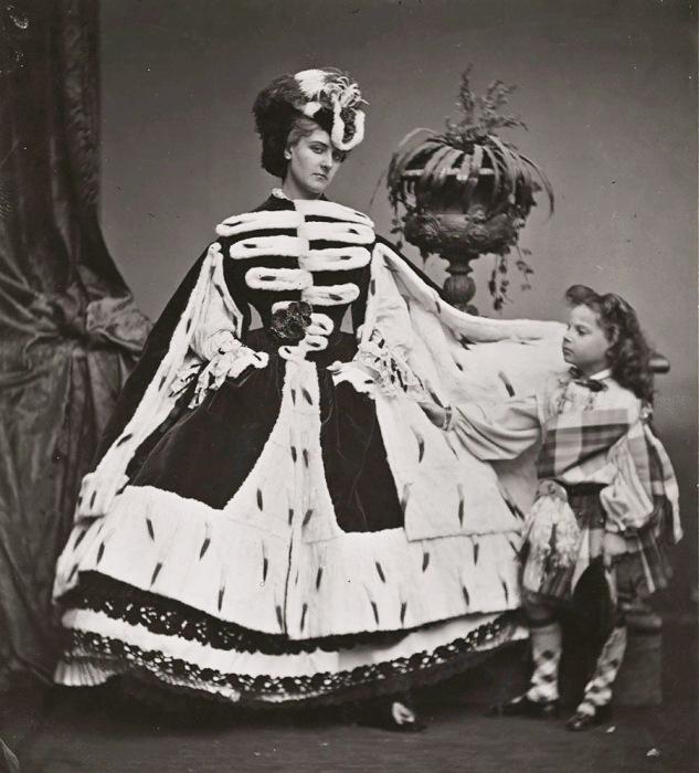 Графиня де Кастильоне – изобретательница постановочных фотографий