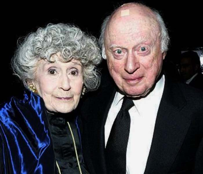 Норман Ллойд с супругой