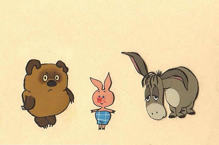 Диснеевский мультфильм вышел на три года раньше нашего «Винни-Пуха», однако режиссер Федор Хитрук его не видел. От образа Кристофера Робина отказались специально – это делало персонажей менее игрушечными.