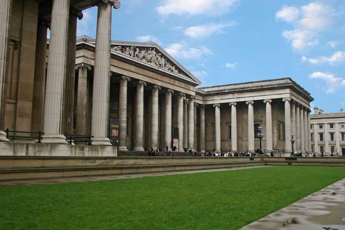 Британский музей также охраняют кошки