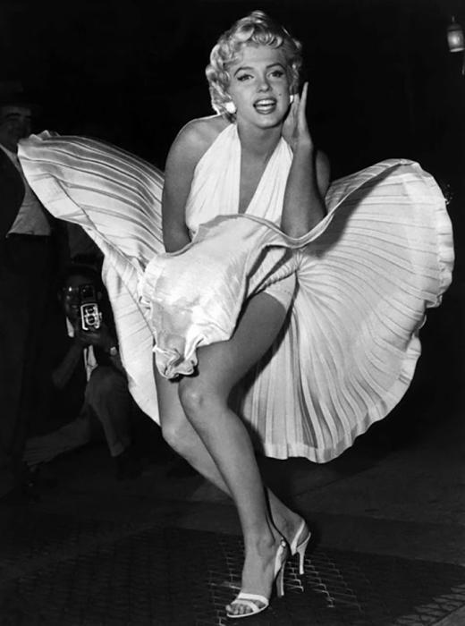 Считается, что Мэрилин на этой фотографии стала одним из знаковых образов XX века