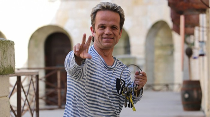 Андре Буше – бессменный ведущий телеигры «Форт Боярд»