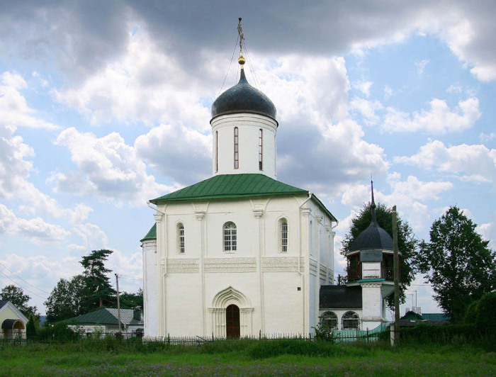 Белокаменный Успенский собор в Звенигороде