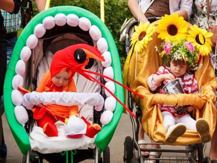 Парады колясок проходят в России в разных городах